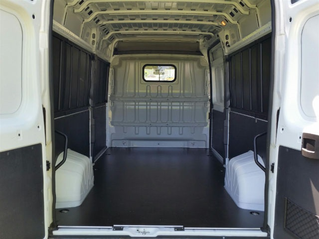 2018 ProMaster 2500 High Roof FWD,  Empty Cargo Van #18RL162 - photo 2