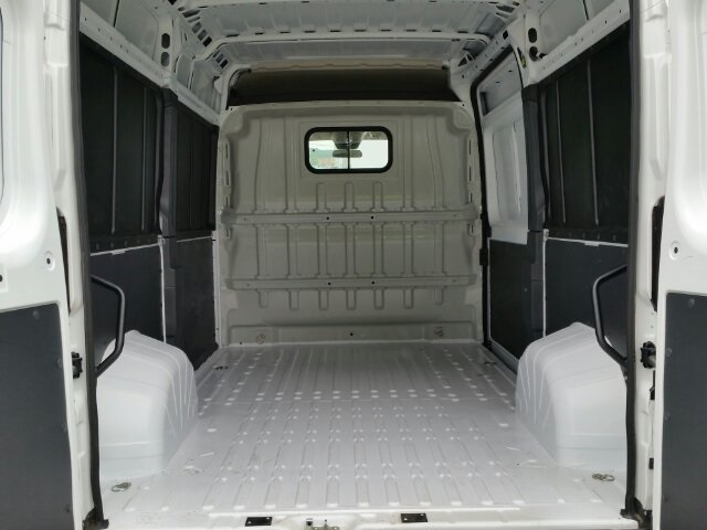 2018 ProMaster 2500 High Roof FWD,  Empty Cargo Van #18RL164 - photo 2