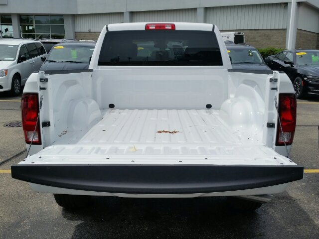 2018 Ram 1500 Quad Cab 4x4,  Pickup #18RL175 - photo 6