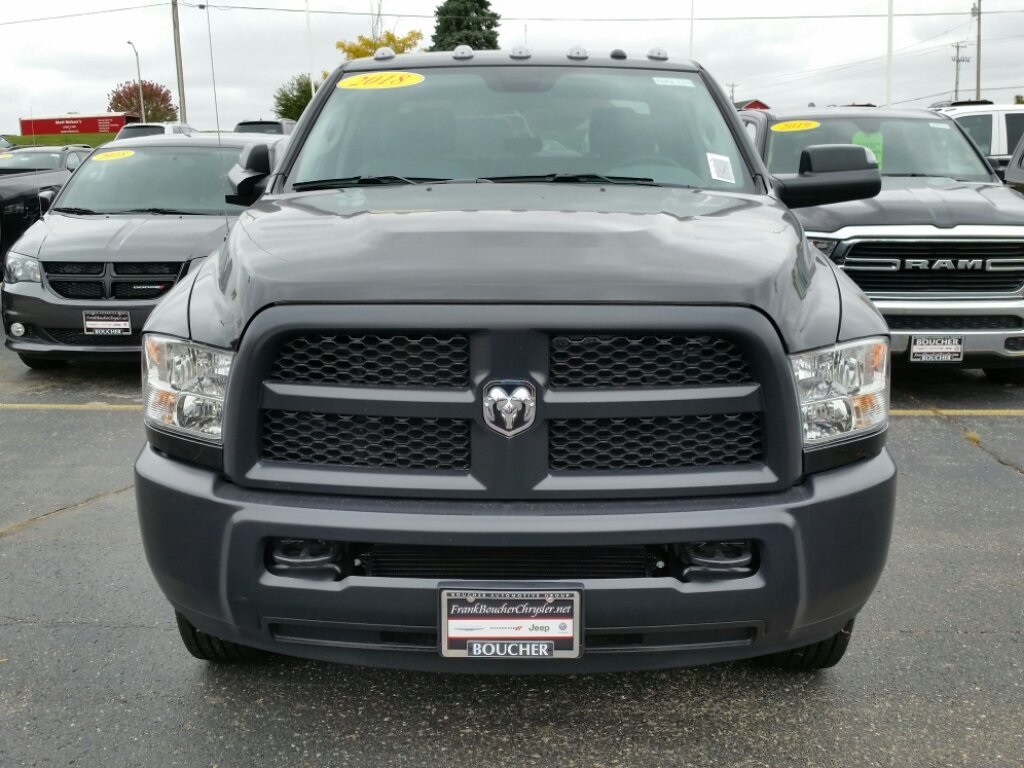 2018 Ram 2500 Crew Cab 4x4,  Pickup #18RL229 - photo 3