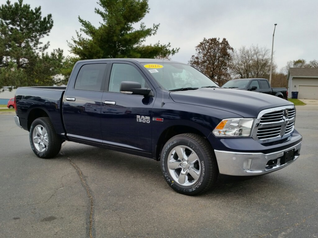2018 Ram 1500 Crew Cab 4x4,  Pickup #18RL245 - photo 3
