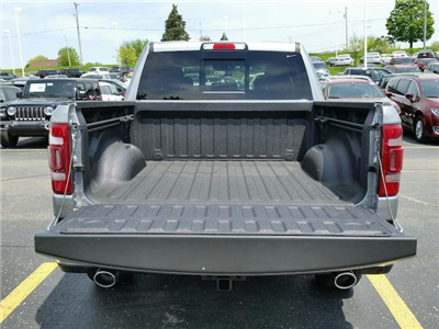 2019 Ram 1500 Crew Cab 4x4, Pickup #19RL002 - photo 6