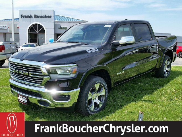 2019 Ram 1500 Crew Cab 4x4, Pickup #19RL004 - photo 1