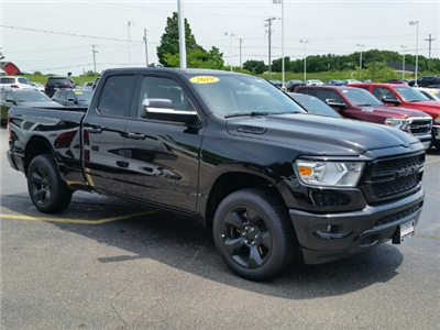 2019 Ram 1500 Quad Cab 4x4,  Pickup #19RL007 - photo 3