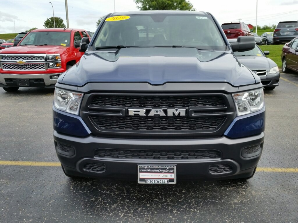 2019 Ram 1500 Quad Cab 4x4,  Pickup #19RL063 - photo 5