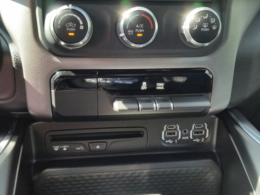 2019 Ram 1500 Crew Cab 4x4,  Pickup #19RL074 - photo 19