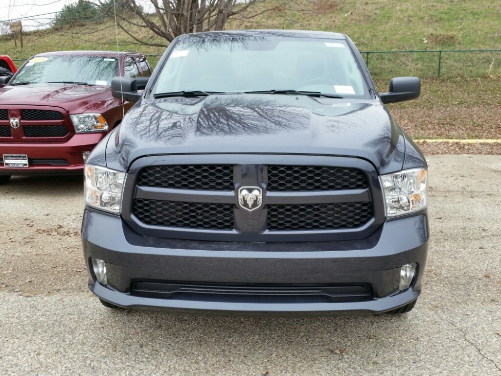 2019 Ram 1500 Crew Cab 4x4,  Pickup #19RL111 - photo 4