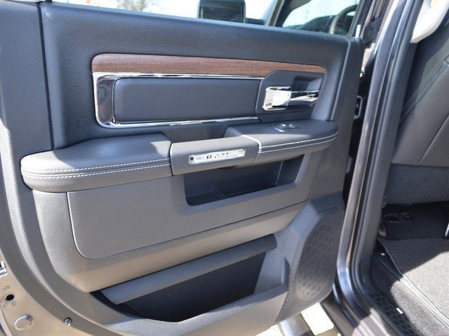 2017 Ram 1500 Crew Cab 4x4,  Pickup #M17729 - photo 25