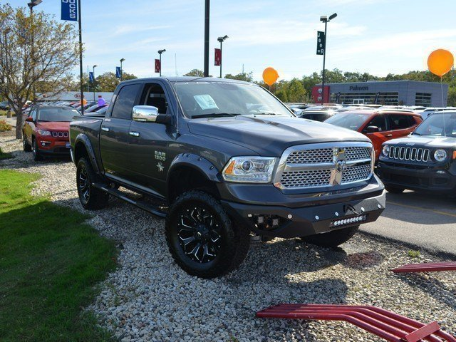2017 Ram 1500 Crew Cab 4x4,  Pickup #M17729 - photo 8