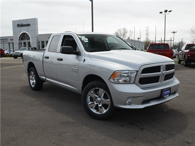 2018 Ram 1500 Quad Cab 4x4, Pickup #M181011 - photo 4