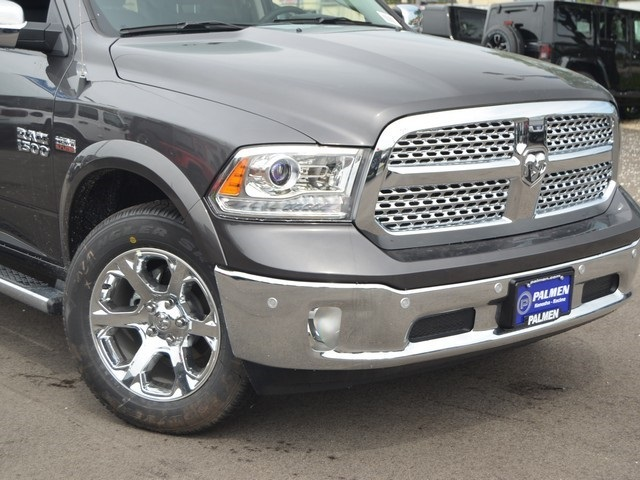 2018 Ram 1500 Crew Cab 4x4,  Pickup #M181087 - photo 3