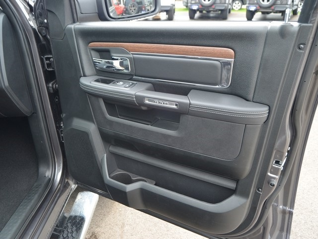 2018 Ram 1500 Crew Cab 4x4,  Pickup #M181087 - photo 7