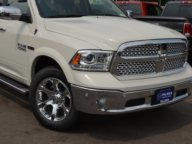 2018 Ram 1500 Crew Cab 4x4,  Pickup #M181364 - photo 3