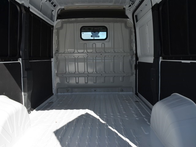 2018 ProMaster 2500 High Roof FWD,  Empty Cargo Van #M181490 - photo 2