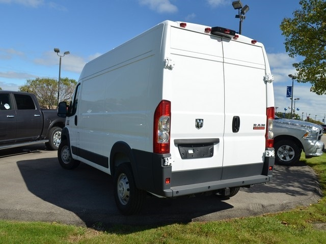 2018 ProMaster 2500 High Roof FWD,  Empty Cargo Van #M181490 - photo 9
