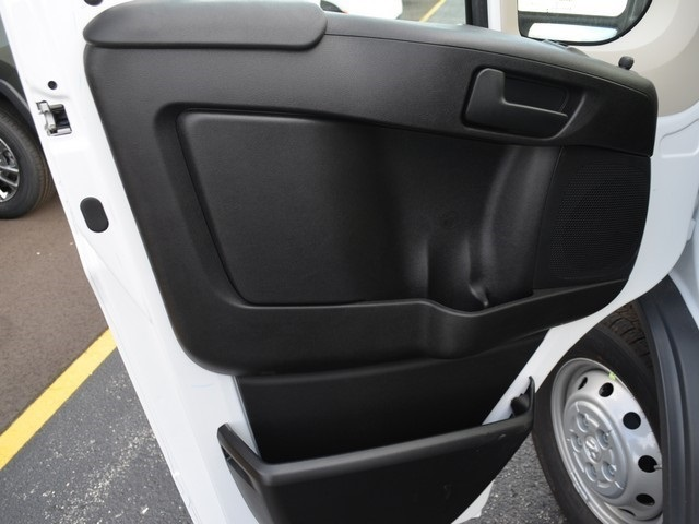 2018 ProMaster 2500 High Roof FWD,  Empty Cargo Van #M181500 - photo 16