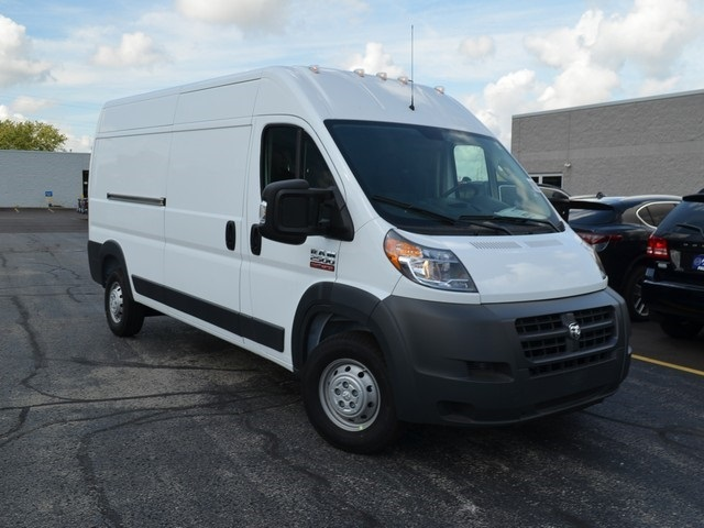 2018 ProMaster 2500 High Roof FWD,  Empty Cargo Van #M181500 - photo 4