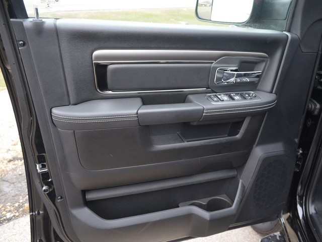 2018 Ram 3500 Crew Cab DRW 4x4,  Pickup #M181568 - photo 17