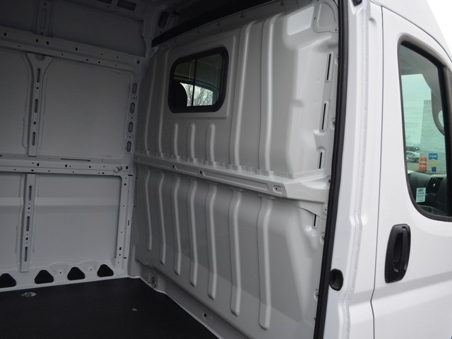 2018 ProMaster 2500 High Roof FWD,  Empty Cargo Van #M181593 - photo 12