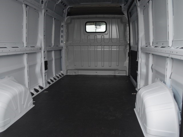 2018 ProMaster 2500 High Roof FWD,  Empty Cargo Van #M181593 - photo 2