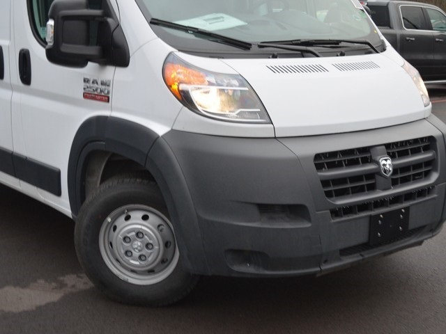 2018 ProMaster 2500 High Roof FWD,  Empty Cargo Van #M181593 - photo 3