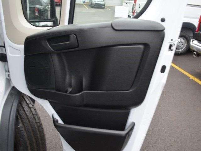 2018 ProMaster 2500 High Roof FWD,  Empty Cargo Van #M181593 - photo 9