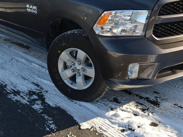 2018 Ram 1500 Quad Cab 4x4, Pickup #M18572 - photo 8