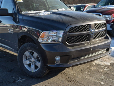 2018 Ram 1500 Quad Cab 4x4, Pickup #M18584 - photo 6
