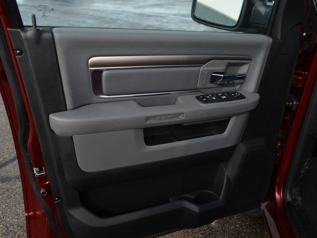 2018 Ram 1500 Crew Cab 4x4, Pickup #M18665 - photo 8