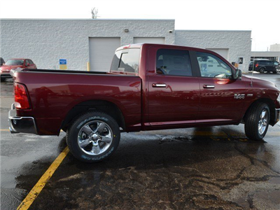 2018 Ram 1500 Crew Cab 4x4, Pickup #M18665 - photo 14