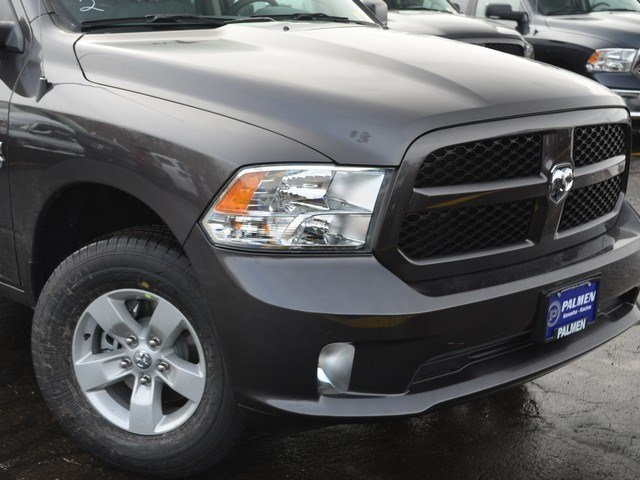 2018 Ram 1500 Quad Cab 4x4,  Pickup #M18731 - photo 3
