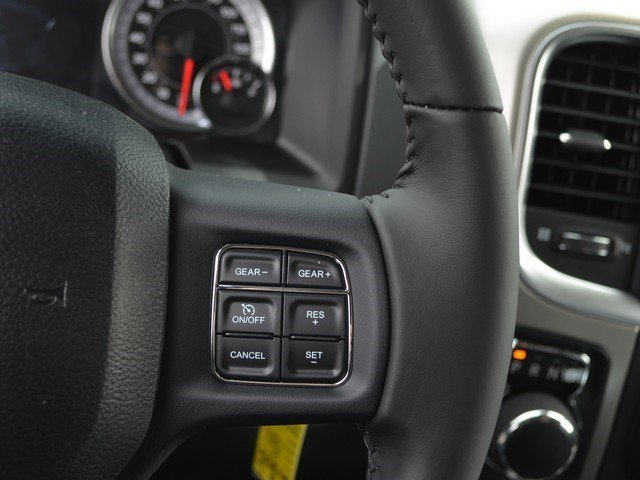 2018 Ram 1500 Crew Cab 4x4, Pickup #M18916 - photo 20