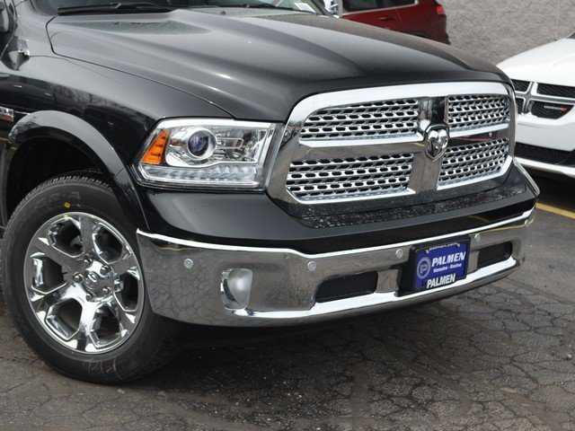 2018 Ram 1500 Crew Cab 4x4, Pickup #M18918 - photo 3