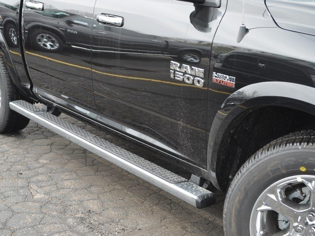 2018 Ram 1500 Crew Cab 4x4, Pickup #M18918 - photo 6