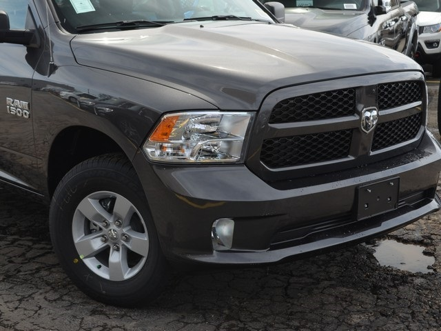 2018 Ram 1500 Quad Cab 4x4,  Pickup #M18970 - photo 3