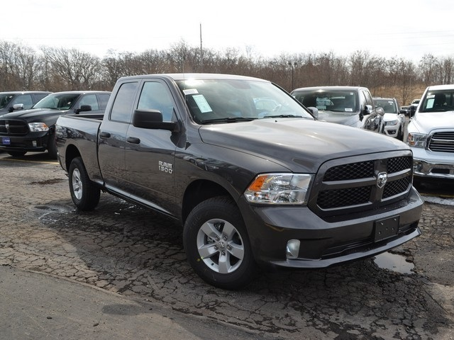 2018 Ram 1500 Quad Cab 4x4,  Pickup #M18970 - photo 4