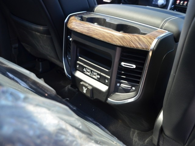 2019 Ram 1500 Crew Cab 4x4,  Pickup #M19148 - photo 14