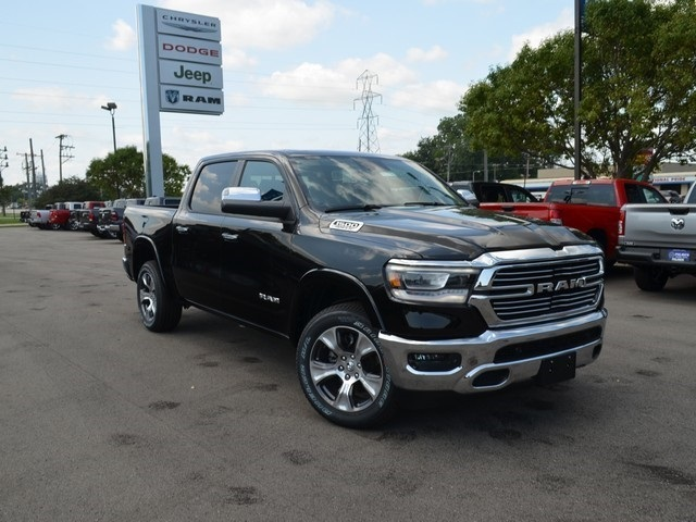 2019 Ram 1500 Crew Cab 4x4,  Pickup #M19176 - photo 8