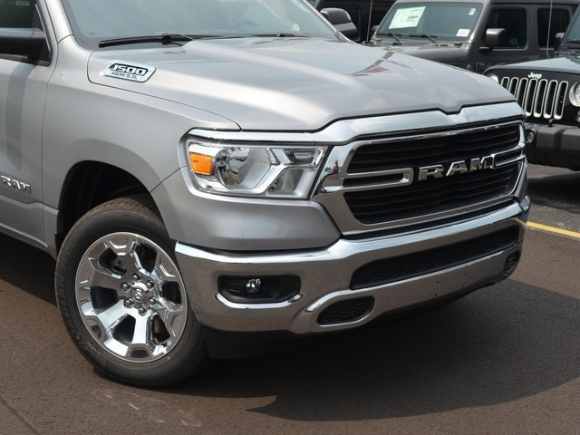 2019 Ram 1500 Crew Cab 4x4,  Pickup #M19202 - photo 3