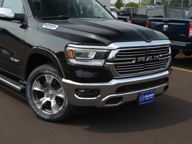 2019 Ram 1500 Crew Cab 4x4,  Pickup #M19225 - photo 3