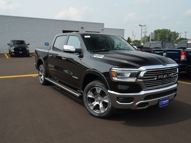 2019 Ram 1500 Crew Cab 4x4,  Pickup #M19225 - photo 4