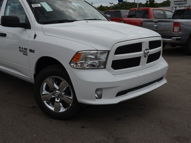 2019 Ram 1500 Quad Cab 4x4,  Pickup #M19291 - photo 3
