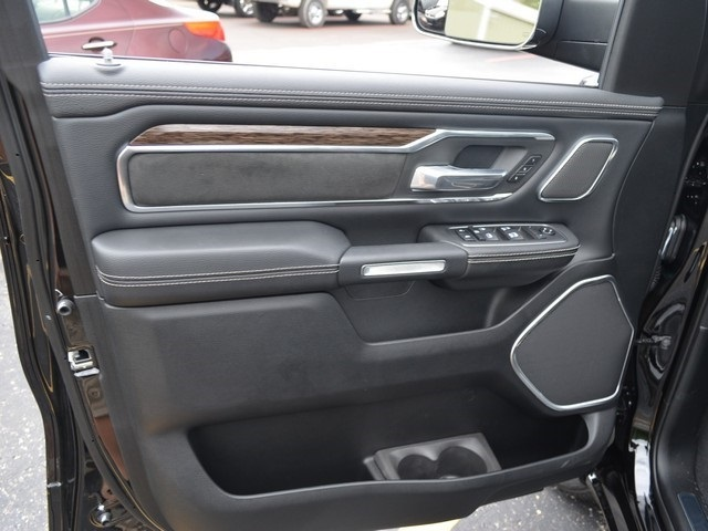2019 Ram 1500 Crew Cab 4x4,  Pickup #M19294 - photo 18