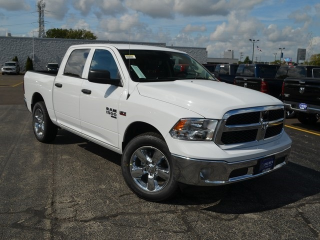 2019 Ram 1500 Crew Cab 4x4,  Pickup #M19338 - photo 4
