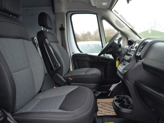 2019 ProMaster 2500 High Roof FWD,  Empty Cargo Van #M19475 - photo 10