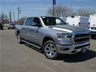 2019 Ram 1500 Crew Cab 4x4, Pickup #M1949 - photo 4