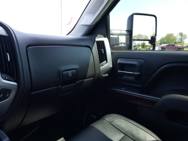 2016 Sierra 3500 Crew Cab 4x4,  Pickup #10187 - photo 18
