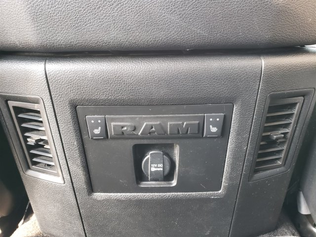 2014 Ram 1500 Crew Cab 4x4, Pickup #10256 - photo 37