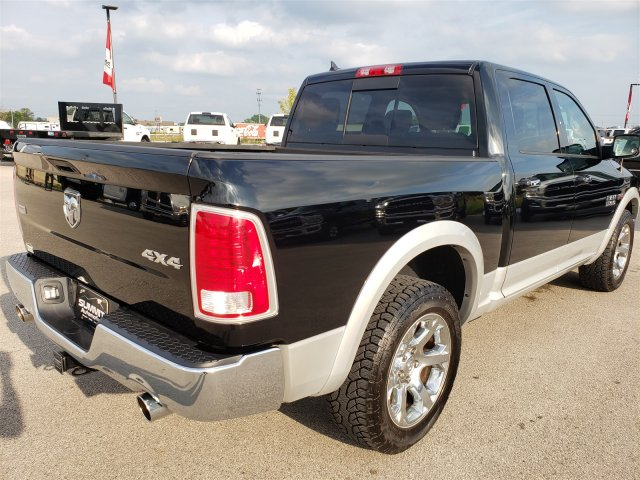 2014 Ram 1500 Crew Cab 4x4, Pickup #10256 - photo 4