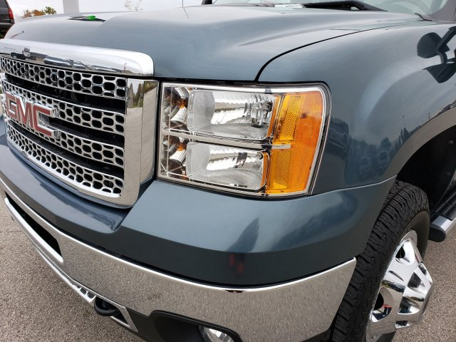 2011 Sierra 3500 Crew Cab 4x4,  Pickup #10263 - photo 32